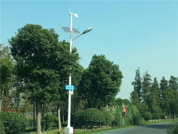 无锡南太湖畔环湖路竞博电竞官网首页jbo竞博电竞app路灯